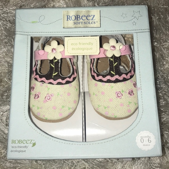 NIB White Patent Mary Janes Soft Sole Shoes with Bow Infant Girls Size 1,2,3